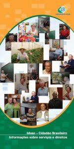 Capa do livro em que se vê uma colagem de fotos de idosos em diferentes atividades de trabalho e lazer